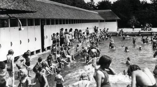 4 en 5 mei – Het zwembad